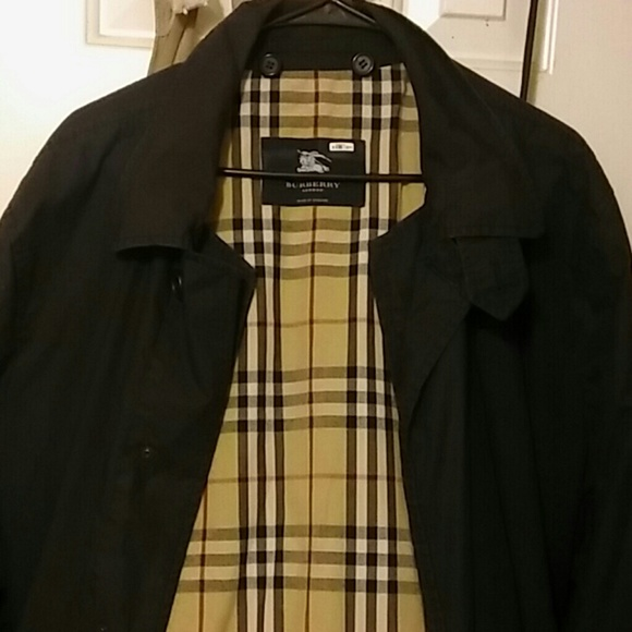 Burberry Jackets & Blazers - Burberry Trench Coat
